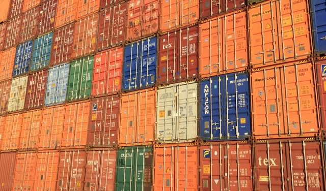 Container håndtering og lagring for Mærsk